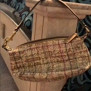 Coach Bags - Coach hand bag